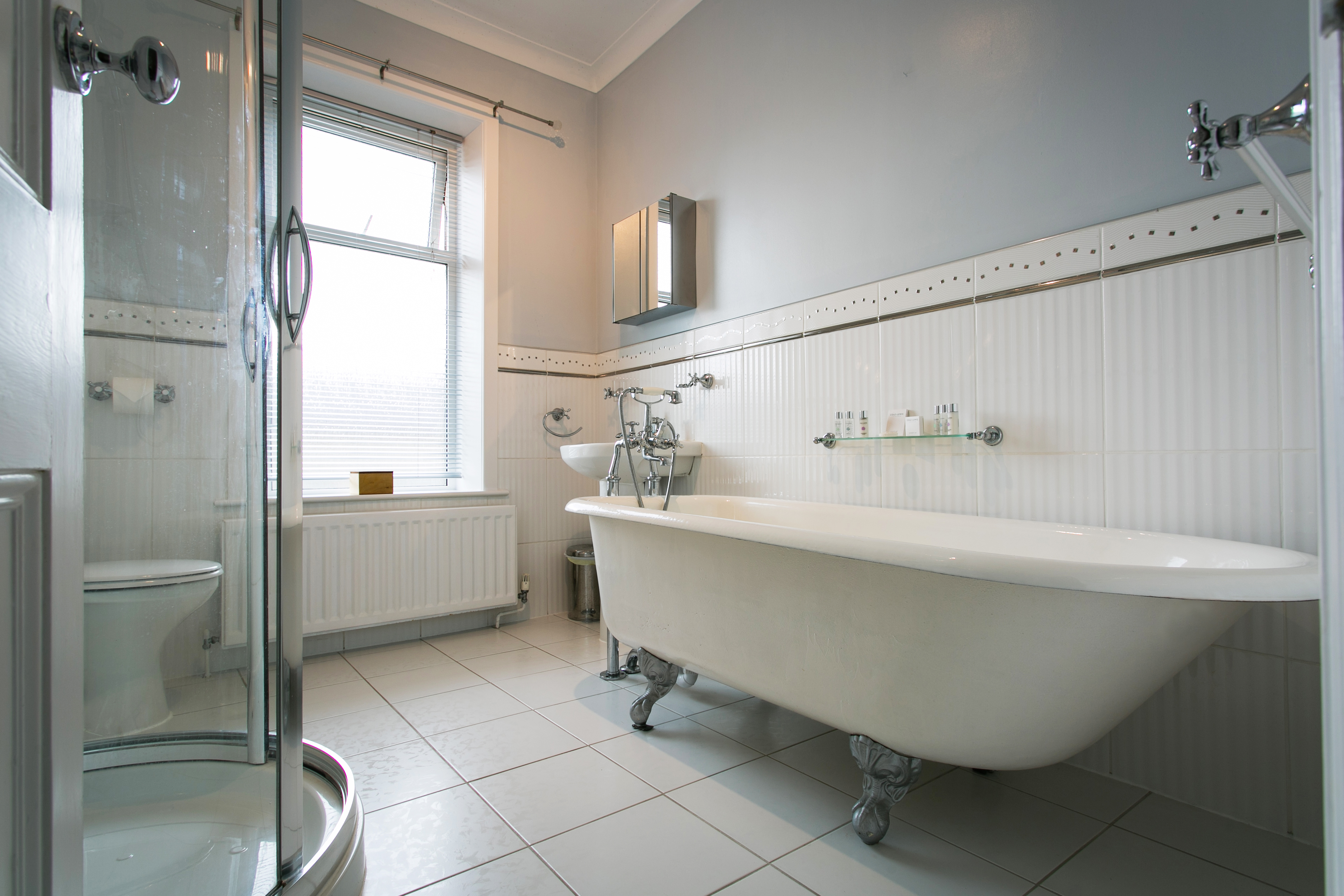 Holiday Cottage SkiptonBathroom